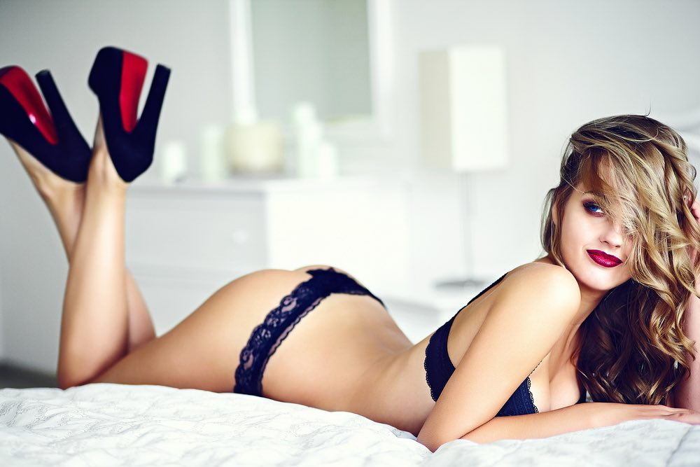 Options you must look forward to for choosing an escort girl